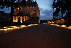 """Neues Museum Sonnenuntergang • <a style=""""font-size:0.8em;"""" href=""""http://www.flickr.com/photos/52838876@N07/4886002719/"""" target=""""_blank"""">View on Flickr</a>"""