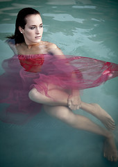 Cold (Trk Rozlia) Tags: summer portrait woman water girl beautiful fashion canon model glamour petra modell szeged divat nyr portr lny n vz eos40d