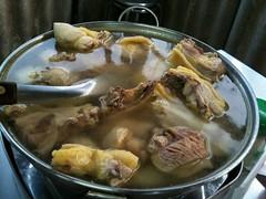 竹筍山雞湯