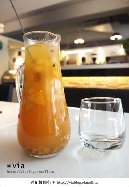 【台北東區美食】時尚午茶首選~Chin Chin Cafe蜜糖吐司12