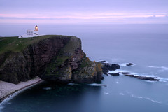 Stoer Head Lighthouse (near Lochinver), Sutherland, Scotland (iancowe) Tags: sunset summer lighthouse scotland twilight dusk head board scottish stevenson northern minch phare gloaming lochinver stoer aton nlb navigationalaid navaid aidtonavigation wbnawgbsct signalisationmaritime