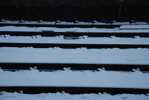 Snow in Oxford - rails
