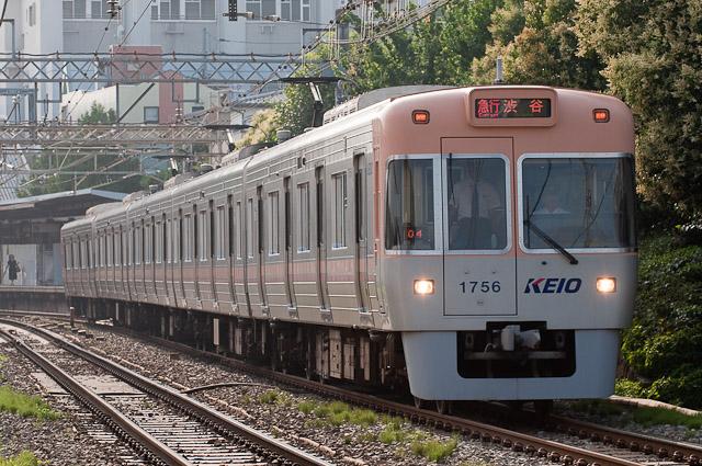 京王電鉄井の頭線1000系1006F ベージュ