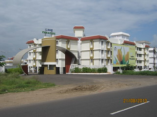Lake Paradise (www.lakeparadise.in), opposite CRPF, Old Pune Mumbai Highway (NH4), Talegaon