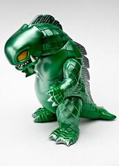 Bop Dragon (geozilla) Tags: green japan japanese ebay dragon vinyl kaiju bop rumblemonsters geozilla omnimonster