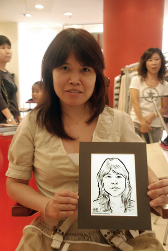 Portrait live sketching for Marella boutique - 12
