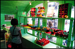 La piccola Amélie / Petite Amélie (O_@NdR€w$z) Tags: cakes candy coventgarden amélie ilfavolosomondodiamélie