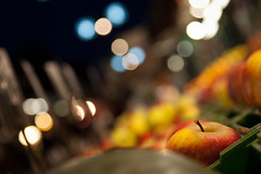 Snow White (Apple & Bokeh In Naschmarkt), Vienna (flatworldsedge) Tags: vienna wien apple lines fruit night is market bokeh watermelon poison crate snowwhite naschmarkt shallowdof explored specularhighlight yahoo:yourpictures=christmaslights yahoo:yourpictures=angles