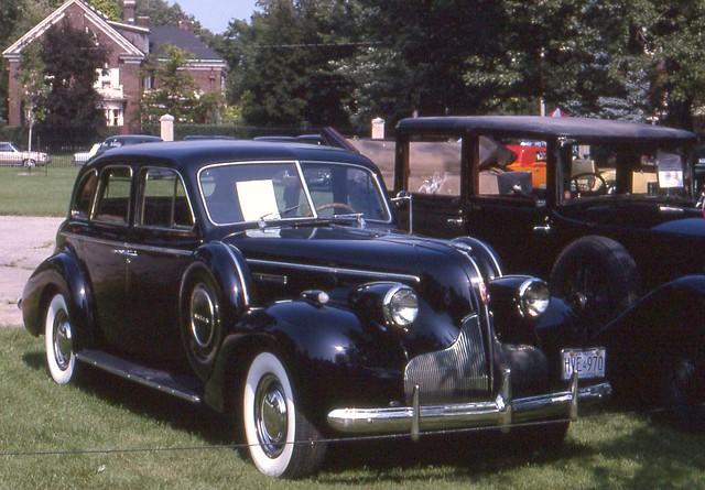 series60 willisteadconcours1990 1939buickcentury4door ©richardspiegelmancarphoto