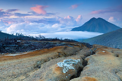 Sunrise @ Kawah Ijen (Helminadia Ranford(New York)) Tags: indonesia java east ijen kawah saariysqualitypictures