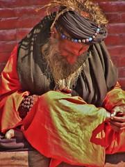 """NEPAL, Pashupatinath, Zu den Hindutempeln und Verbrennungsstätten,  Eine fremde Welt, serie ,  16325/8626 (roba66) Tags: pashupatinath reisen travel explore voyages roba66 visit urlaub nepal asien asia südasien kathmandu """"pashu pati nath"""" """"pashupati """"herr alles lebendigen"""" tempelstätte hinduismus shivaiten tempel verehrungsstätte shiva tradition religion menschen people leute frau woman portrait lady portraiture"""