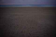 (anjamation) Tags: unaltered july 2017 horizon sand ship dusk theocean coastalline islands sonya7ii pastelcolours ilce7m2 crépuscule dämmerung sonyilcea7ii