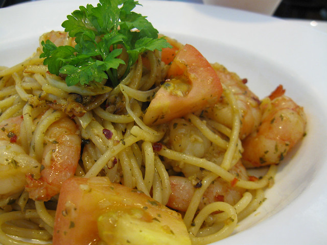 Garlic Prawn Pasta @ Coffeeclub