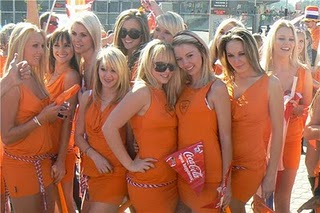 women-in-orange-dresses-vs-japan