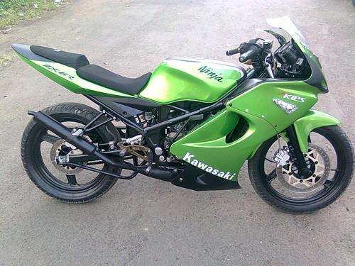 Foto-foto Modifikasi Kawasaki Ninja 150 R title=