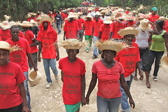 Haiti demo against Monsanto (teqmin) Tags: usaid haiti corn farmers seeds demonstration environment mpp monsanto centralplateau papay haitianpeasants gmofreeworld usforeignaid tminskyixnetcomcom antimonstanto foodsoverignty