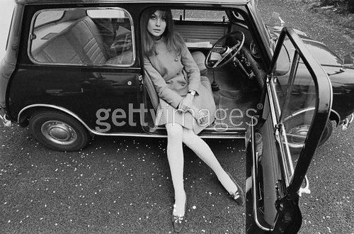 Jean Shrimpton in her Mini Cooper (1966)