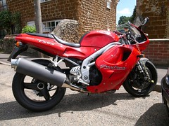 "Triumph Daytona • <a style=""font-size:0.8em;"" href=""https://www.flickr.com/photos/87605699@N00/4779731839/"" target=""_blank"">View on Flickr</a>"