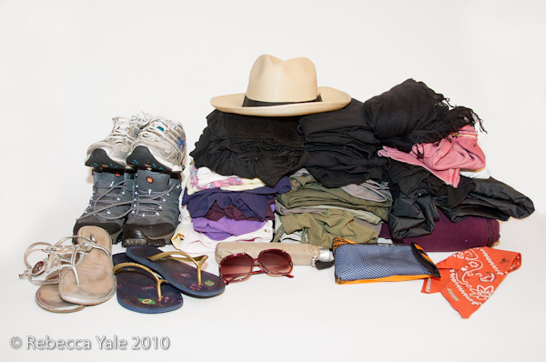 RYale_Clothes_Packing_1