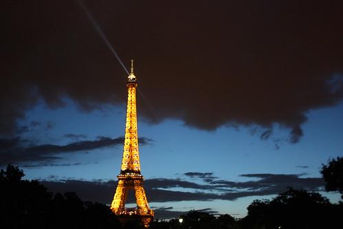Torre Eiffel a noite