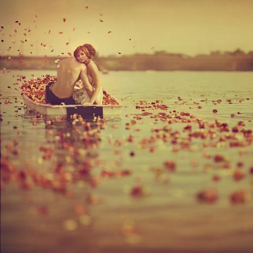 ''Plime ljubavi ustreptalih...dva zrnca peska...lete ka nebu...'' 4807688113_887a5f77a2