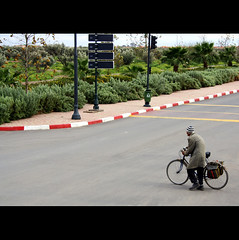 crossing the road / marrakech 67 (diegofornero (destino2003)) Tags: africa street old man bike deleted7 interestingness deleted9 crossing deleted6 deleted3 deleted2 deleted4 myfav delete4 deleted10 morocco marocco marrakech deleted5 deleted deleted8 nouvelle ville diegofornero