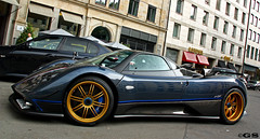 ! Pagani Zonda TRICOLORE ! (Germanspotter) Tags: auto street italien summer italy beauty car canon germany munich mnchen deutschland photography eos italian italia power sommer spot exotic passion dslr find supercar sportscar zonda 2010 sensation pagani tricolore sportwagen 450d carparazzi autogespot germanspotter