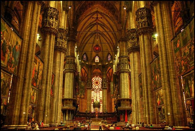 Milan-Duomo-interior