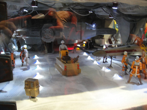 Comic-Con 2010 - Star Wars Empire Strikes Back Hoth battle diorama - inside the rebel hangar