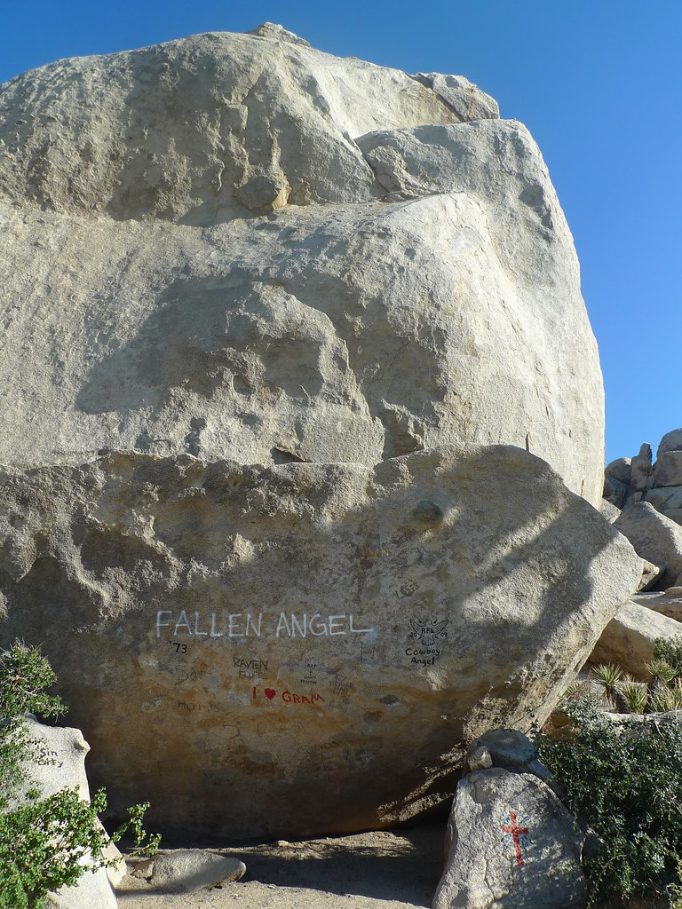 Gram Parsons memorial, Cap Rock, Joshua Tree