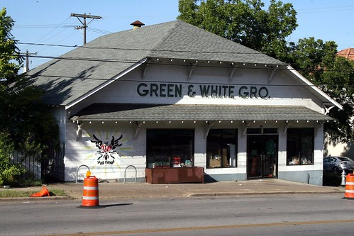 green and white grocery