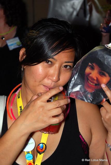 2 Hot Bloggers at #sparklecorn