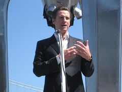 Mayor Gavin Newsom, Black Rock Arts Foundation And Port Of San Francisco Unveil Monumental Raygun Gothic Rocketship Sculpture (mayorgavinnewsom) Tags: sf sanfrancisco gavin mayor embarcadero newsom portofsanfrancisco blackrockartsfoundation braf seanorlando davidshulman nathanieltaylor