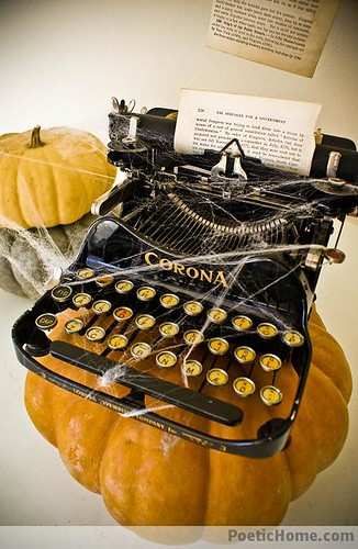 vintage-halloween-decor-idea
