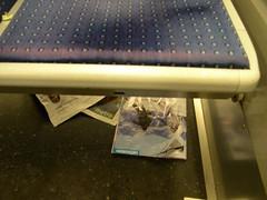 Métro - 08 (Stephy's In Paris) Tags: paris france underground subway nikon metro métro francia stephy nikoncoolpix4300 coolpix4300 métroparisien métropolitain métrodeparis stephyinparis