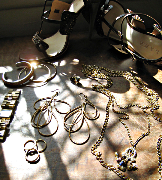 gold accessories+LAMB studded sandals+gold chains