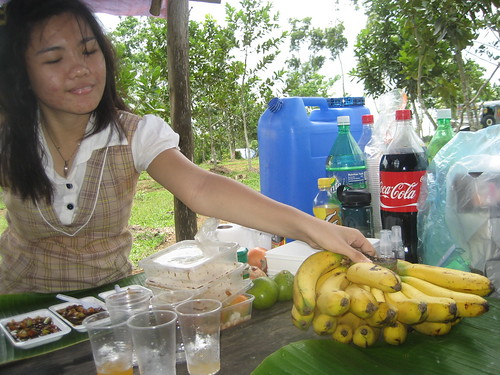My friend Aini likes bananas... hehe.