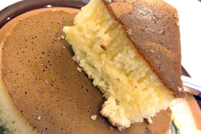 100625_132548_イワタコーヒー店