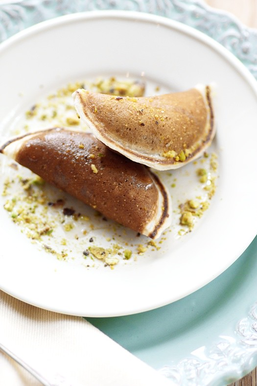Sweet Blinis stuffed with Walnuts and Pistachios