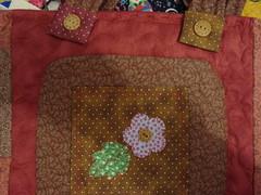 """DSC04614 (""""Feltro Flor"""") Tags: quilt patchwork bolsa bolsas aula molde tecido bordado costura necessaire"""