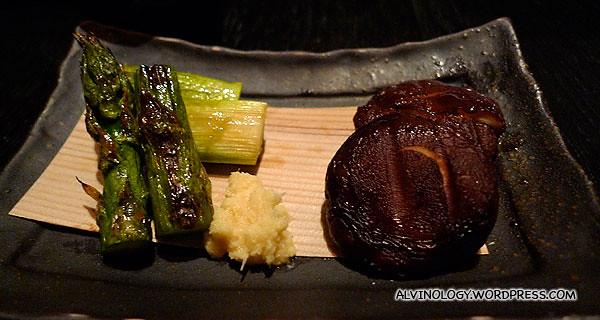 Grilled asparagus and shiitake mushroom
