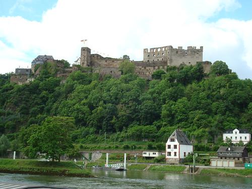萊茵河畔的城堡