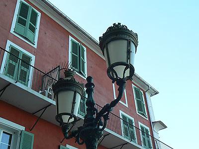 lampadaire Bastia.jpg