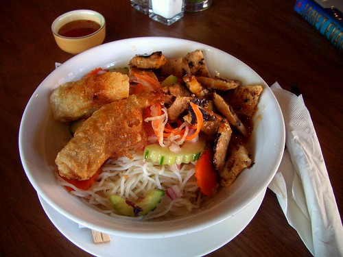 Tiato rice noodle bowl