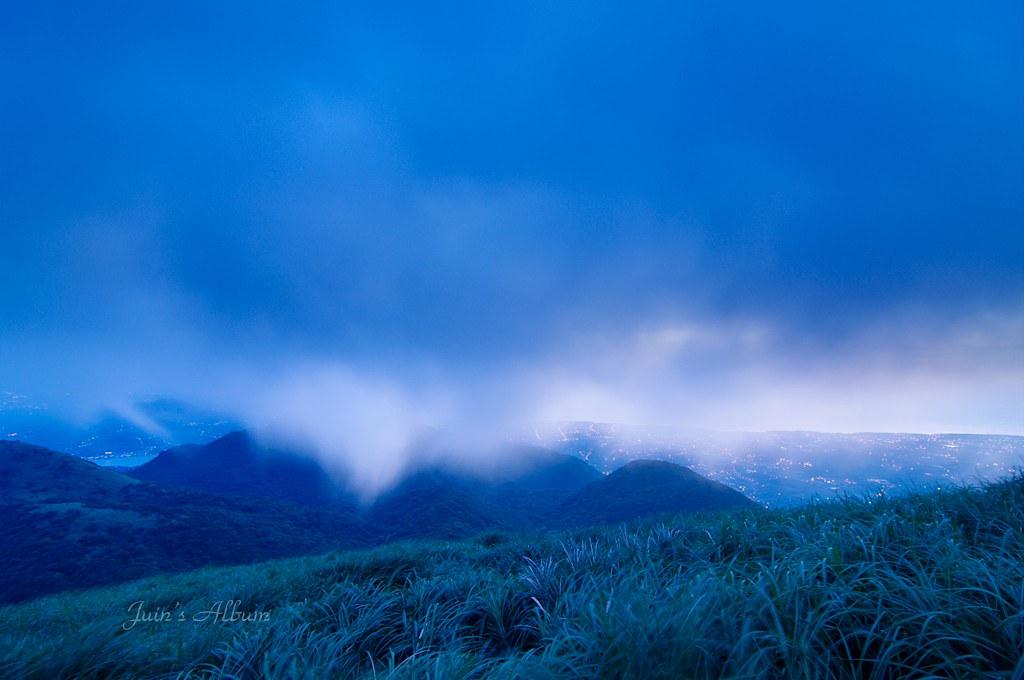 陽明山賞雲戲霧看日落