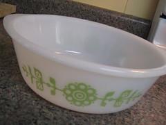 Glasbake 2qt casserole (elevator_lady) Tags: vintage thrift secondhand goodwill glasbake milkglass