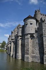 Gante (Bélgica) (littlecastle96) Tags: gante bélgica geografíahumana edificio monumento turismo building architecture arquitectura belgium castle castillo heritage patrimonio foso