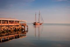 Sail (Artun York) Tags: istanbul canon dslr canon550d 24mm 24mm28 24mm28stm prime primelens primetime turkey türkiye sea marmara reflection