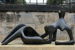 Reclining Nude (Eddie C3) Tags: parisfrance vacationphotos tuileriesgarden urbanparks jardindestuileries sculpture henrymoore