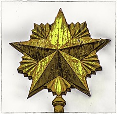 Tarnished Star (Andy J Newman) Tags: buda budapest soviet memorial